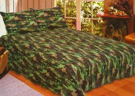 american hometex 1310 k king size camouflage quilt in green with