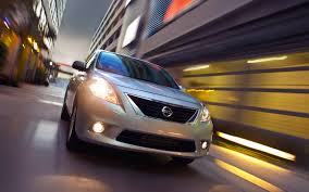 nissan versa fuel tank capacity 2012 nissan versa reviews and rating motor trend