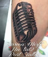 microphone tattoo thumb old school microphone tattoo by jessicamisfit on deviantart