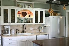 What Colors Go With Gray Grey Kitchen Cabinets What Colour Walls Amazing Red Glass Shade