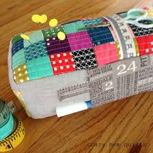 Armchair Pincushion 107 Best Pincushions Images On Pinterest Pincushions Crazy Mom