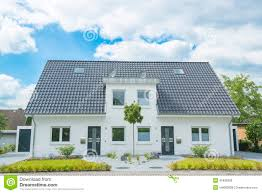 duplex house stock photos images u0026 pictures 875 images