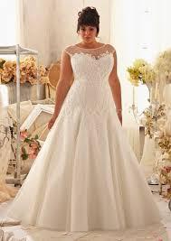 wedding gown designers 9 top plus size wedding dress designers to weddingomania