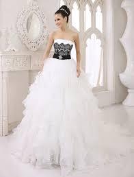 robe de mari e magnifique robe mariée magnifique a ligne en tulle ivoire avec strass bustier