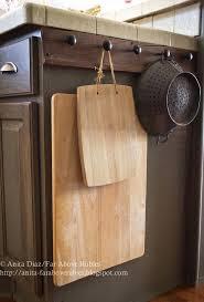 Knob Placement On Kitchen Cabinets by 13 Brilliant Kitchen Cabinet Organization Ideascabinet Hardware