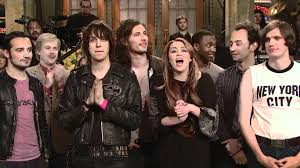 snl end credits with the strokes miley from 2011