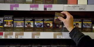 chambre syndicale des buralistes contre le paquet de cigarettes à 10 euros des buralistes bâchent