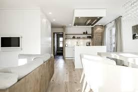 Esszimmer Und Wohnzimmer Moderne Küche Mit Essecke Und Wohnzimmer