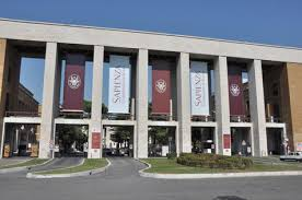 ladario anni 60 roma e mil磽o e t礫m melhores universidades da it磧lia italianos