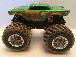 hotwheels monster jam trucks wheels monster jam truck 1 64 plastic base avenger mud tires