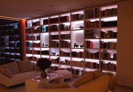 schranksysteme wohnzimmer regal schranksysteme nach maß raumteiler im wohnzimmer