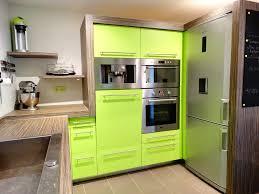 atelier cuisine et electrom駭ager cuisine sur mesure laquée vert atelier 1053