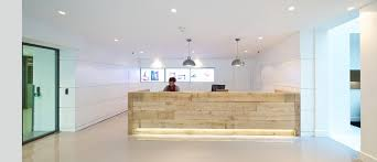 Unique Reception Desk Creating A Cool Office Interior Design Office Principles