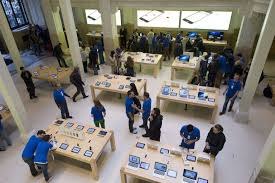 iphone 5s on sale homeless u0027recruited u0027 to queue at apple stores