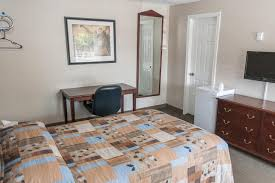 motel le marquis montreal canada booking com