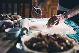 thanksgiving food bank volunteer where to volunteer on thanksgiving popsugar smart living