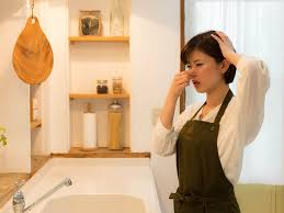 enlever odeur de cuisine 10 astuces pour éliminer les mauvaises odeurs de la cuisine infos