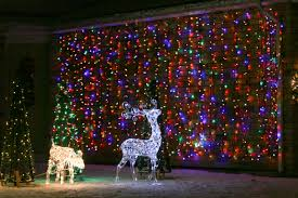 these windsor houses have 30 000 christmas lights that blink to