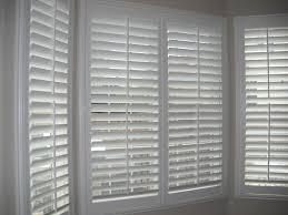 blinds in the window salluma