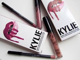 Resenha Kylie Matte Liquid Lipstick And Lip Liner Nas - honest kylie cosmetics matte liquid lipstick review swatches
