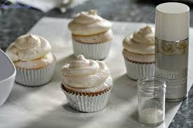 White Cupcakes With Pearls