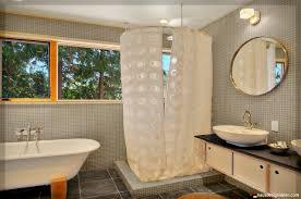 gardinen fürs badezimmer moderne gardinen fürs badezimmer haus design ideen