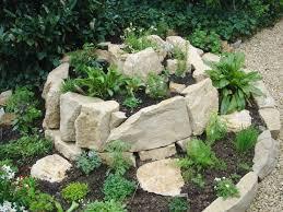 kräuterspirale aus stein eine bauanleitung living at home
