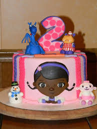 doc mcstuffins birthday cake 95 best doc mcstuffins cakes images on birthday cakes