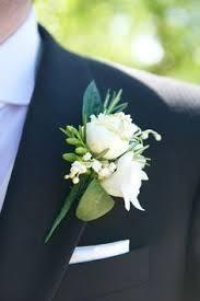 wedding flowers buttonholes beautiful mens wedding buttonhole flowers floral wedding inspiration