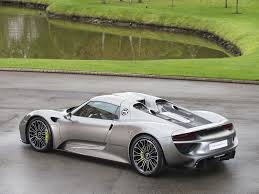 porsche 918 spyder black stock tom hartley jnr