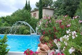 chambre d hote provence avec piscine le de laurisa chambre d hôte en luberon rognes luberonweb