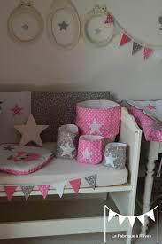 décoration chambre bébé fille et gris pochons rangement réversible gris blanc étoiles pois décoration