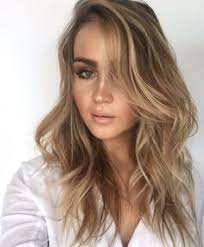 brunette with subtle blonde highlights hair color pinterest