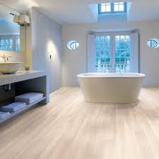 Laminate Flooring Middlesbrough Aqua Step Beach House Oak 4v Waterproof Laminate Flooring 29 99m2