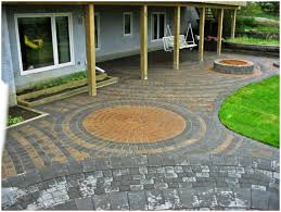 Patio Designs Pavers Backyards Appealing 25 Best Ideas About Backyard Pavers On