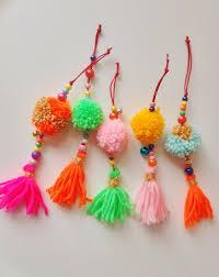 pompoms en tassels diy tassels pom poms and craft