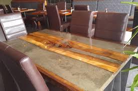 table de cuisine bois bois du monde meubles sur mesure bois brut bois de grange