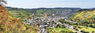 Bad Neuenahr Therme Ausflug Ins Ahrtal U2013 Vom Krausberg Bis Zum Nürburgring