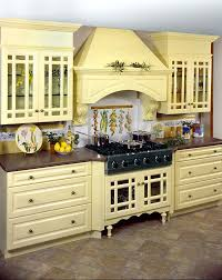 yellow kitchens antique yellow kitchen best 25 pale yellow kitchens ideas on pale yellow