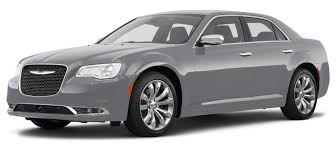 amazon com 2017 chrysler 300 reviews images and specs vehicles