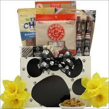 pet gift baskets buy dog pet gift baskets online at gift baskets etc