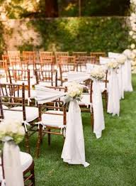 bows for chairs 8 awesome and easy ways to decorate wedding chairs