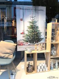 Christmas Window Decorations Ireland by Living In Ireland Christmas In Retail A Pretty Happy Home