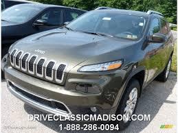 green jeep cherokee 2014 2014 eco green pearl jeep cherokee limited 4x4 95042974