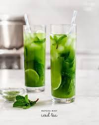 Teh Mint es teh hijau dengan sensasi sejuk dari daun mint kreasi makanan