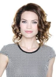elizabeth from gh new haircut rebecca herbst gh update elizabeth is going to disappear for a