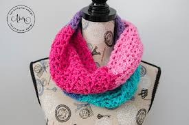 berry cakes infinity scarf free crochet pattern the stitchin mommy