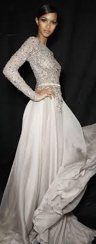 robe de mariã e beige les 25 meilleures idées de la catégorie robes de bal masqué sur