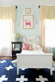 chambre bébé simple tapis chambre bebe simple smart 2017 et tapis rond
