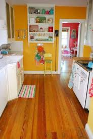 Kitchen Yellow Walls - design for yellow walls master bedroom with paint 903x1350
